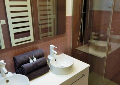LA-SALLE-DE-BAIN-location-appartement-cavalaire